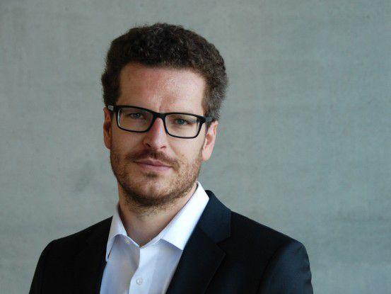 Prof. Simon Werther ist Professor für Innovationsmanagement an der Hochschule der Medien Stuttgart und Gründer der HRinstruments GmbH.