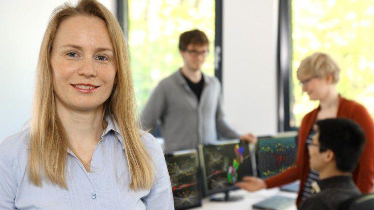 Birgit Strodel, promoviert in theoretischer Computerchemie, leitet am Forschungszentrum Jülich eine Forschergruppe und lehrt zugleich als Junior-Professorin an der Universität Düsseldorf.