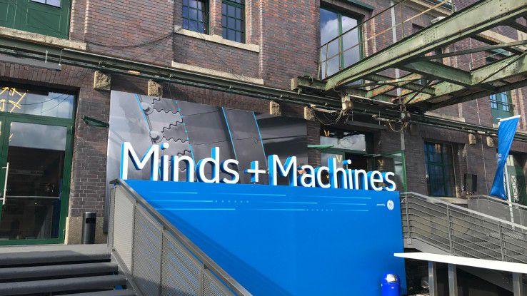 Passendes Industrie-Ambiente: Die Minds + Machines Europe 2017 fand im Berliner Westhafen statt.