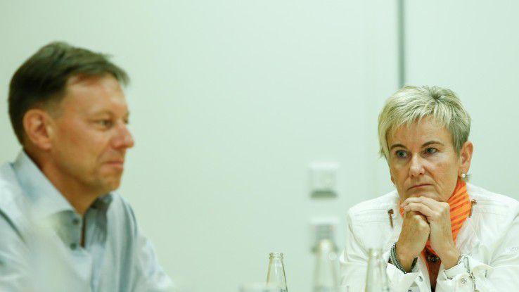 Eifrig am Diskutieren: Gerhard Lesch, Intel, und Karin Sondermann, Avanade
