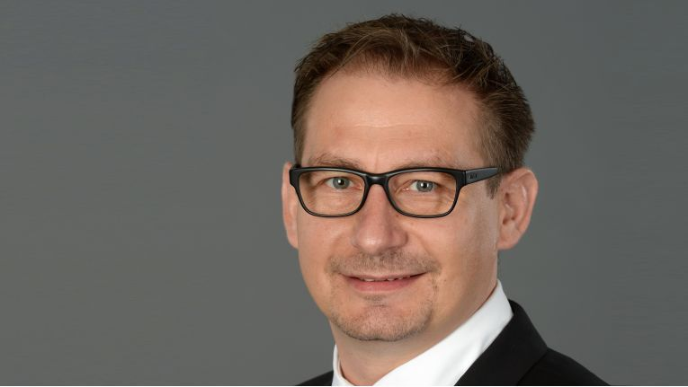 Stephan Peters, bisher General Manager NEC Display Solutions, sucht ''eine neue spannende Aufgabe im internationalen Sales Management''.