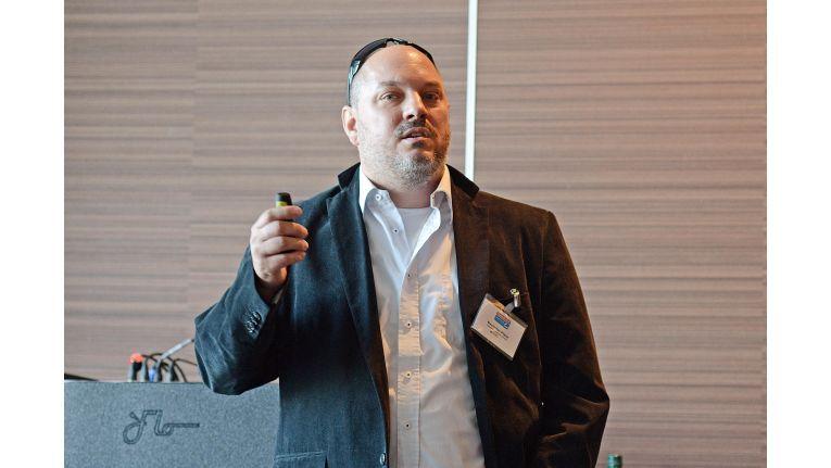Maximilian Pfister, Geschäftsführer von Nitflite Networxx, wird auf dem Channel meets Cloud Kongress seine Erfahrungen, Tipps und Tricks zur Kundengewinnung mit Managed Services vorstellen.