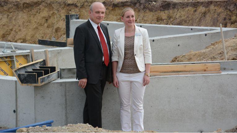 Professor Dr. Thomas Horn, Geschäftsführer und Gründer des Unternehmens, sowie Tochter Sandra Horn, Geschäftsführerin der IBH IT-Service GmbH, setzen auf Nachhaltigkeit und Wachstum, für das der Neubau die räumlichen Voraussetzung bietet.