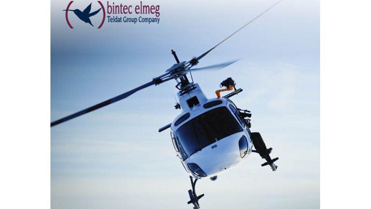 Einmal selbst den Steuerknüppel in der Hand halten und den Helikopter kontrollieren – eine spannende Herausforderung für den umsatzstärksten Bintec-Elmeg-Fachhändler bei Herweck.