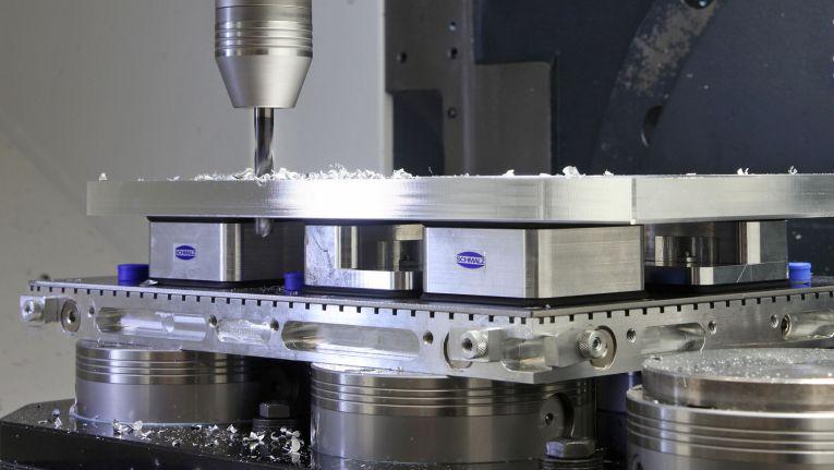 Schmalz Vakuum-Spanntechnik steigert Fexibilitaet beim Zerspanen.