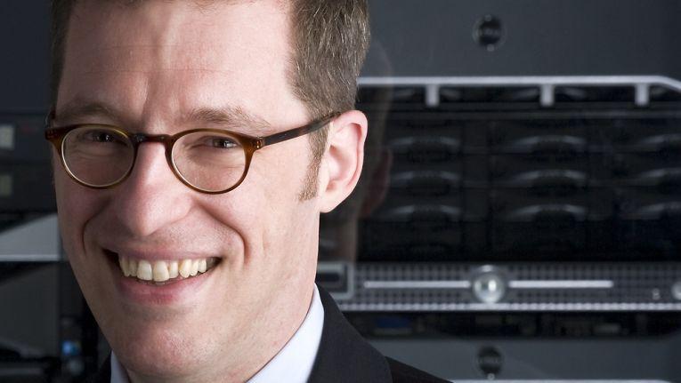 """""""Unternehmen werden kaum ihre Kernkompetenz aus der Hand geben - sofern diese stark von IT abhängig ist."""" Peter Dümig, Field Product Manager Enterprise Solutions, Dell"""