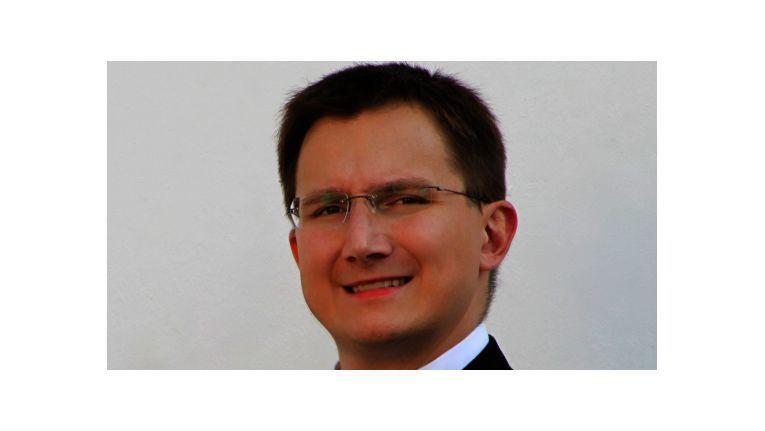 """Thomas Wagner, Geschäftsführer bei der World-of-edv GmbH im oberbayerischen Neuötting: """"In Bayern haben sich die Strukturen des Einzelhandels vielerorts noch gehalten, aber auch hier gibt es inzwischen viele leerstehende Verkaufsfläche. Man spürt den Druck aus dem Internet. Zudem findet gerade ein Generationswechsel statt. Was sich ältere Besitzer nicht mehr antun wollten, sehen ihre jüngeren Nachfolger als zwingend notwendig an."""""""