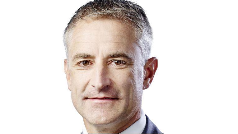 Stefan Langhirt, Geschäftsbereichsleiter Unternehmensstrategie & Business Operations bei der Profi AG, freut sich über den Award und den neuen Gold-Status.