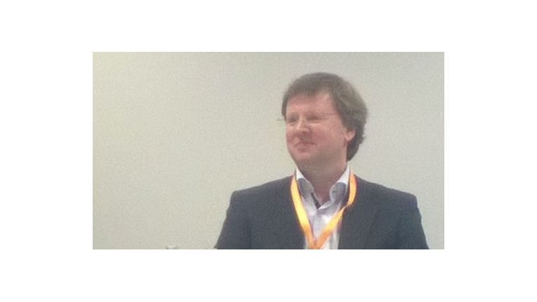 Der deutsche AWS-Channel-Chef Peter Prahl durfte am Abend des ersten Tages der Partnerkonferenz seine besten Partner auszeichnen.