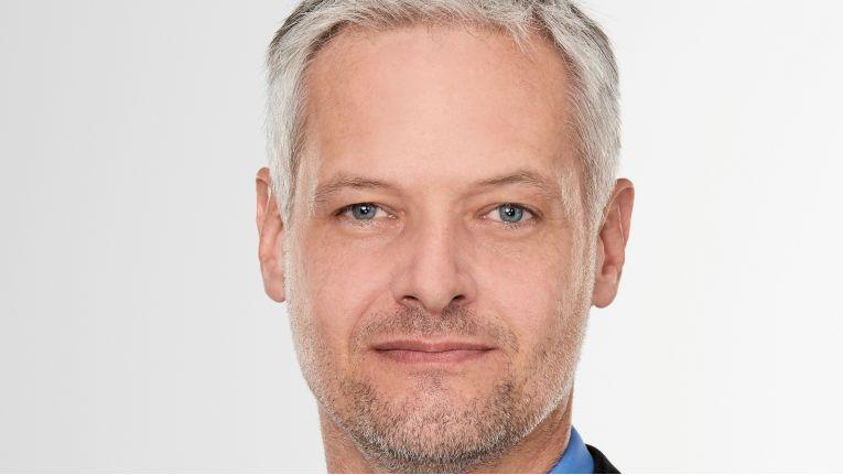 Andreas Bichlmeir, Director Software & Cloud bei Ingram Micro, freut sich über das neue Symantec-Portfolio. Damit soll das Cloud-Angebot konsequent ausgebaut werden.