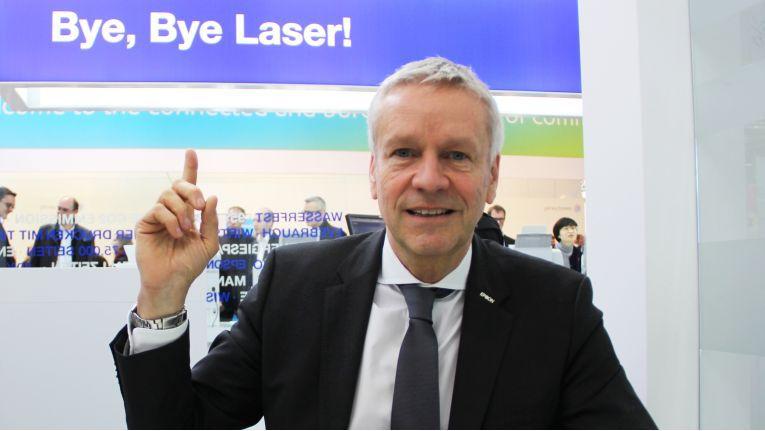''Wir werden in den kommenden Jahren den Lasermarkt aufrollen'', verspricht Henning Ohlsson, Geschäftsführer bei Epson Deutschland.