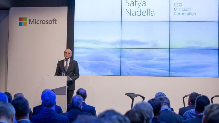 Microsoft-CEO Satya Nadella kündigt Cloud-Services aus Deutschland an.