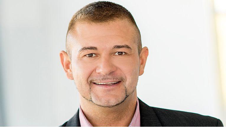 Tobias Loska, der als Produktmanager bei Tarox für das Thema Smarthome zuständig ist, findet auch dass der neue Partner aus Rheinland-Pfalz gut zum Großhändler passt.