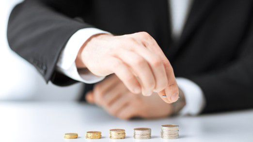 Kreditinstituten und Assekuranzen gaben 2015 hierzulande fast zwölf Milliarden Euro für IT aus.