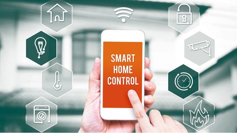 Komsa unterstützt seine Händler mit einem Programm aus Schulungen sowie POS- und Marketingmaterial bei der Vermarktung von Geräten für das smarte Zuhause.