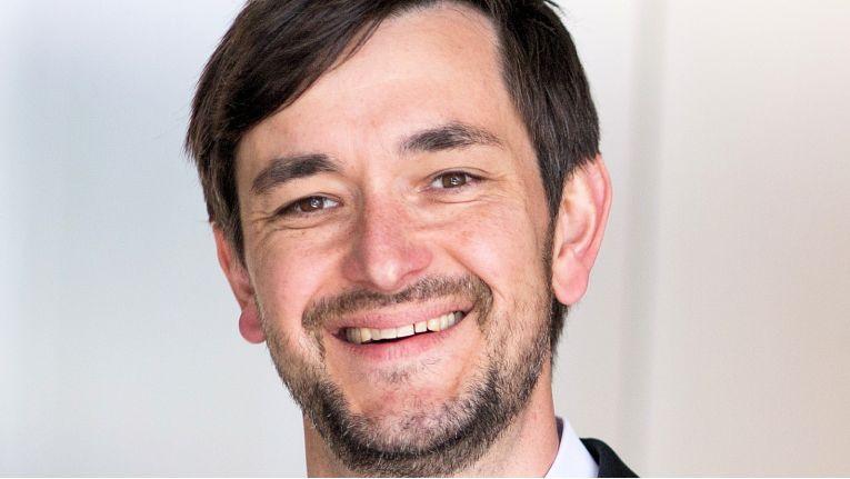 Vollblut-Netzwerker <b>Michael Lück</b> ist Logistik-Experte und spezialisiert auf ... - 765x431
