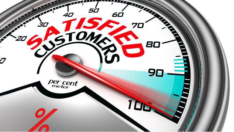 Zufriedene Kunden – die Digitalisierung soll's richten.