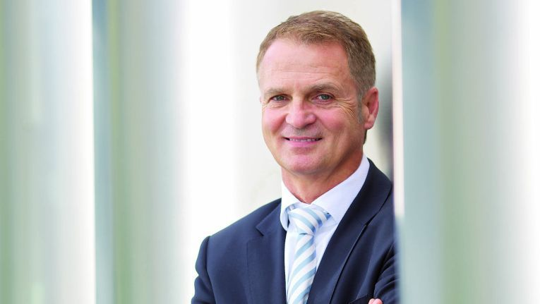 """Gerhard Marz, Bereichsvorstand, Bechtle AG, und innerhalb der Bechtle Gruppe verantwortlich für das Projekt Schweiz 2020: """"Steffen Informatik ist für uns in jeder Hinsicht ein Gewinn."""""""