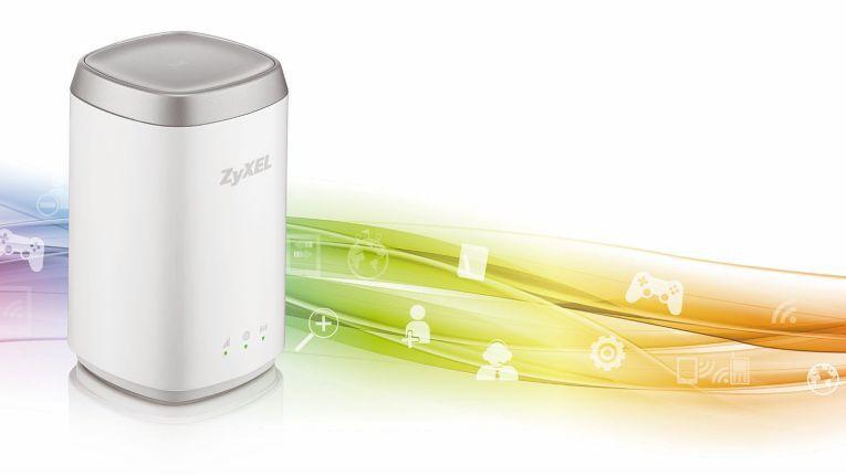 Aufgrund seines geringen Gewichts von 150 Gramm und den kompakten Abmessungen von nur 66,8 x 66,8 x 110,5 Millimeter ist der Zyxel LTE4506 als mobile Lösung geradezu prädestiniert.