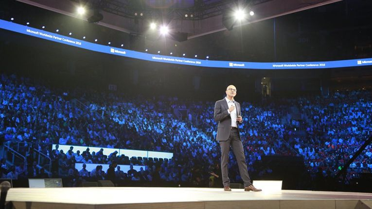 CEO Nadella betonte in seiner Rede, wie wichtig die Vernetzung in Zeiten der Digitalisierung ist - sowohl für Microsoft als auch für die Partner.