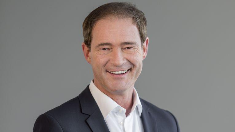 """""""Unser Partner DextraData zeigt, welche neuen Allianzen und Chancen die Digitalisierung ermöglicht"""", kommentiert Gregor Bieler, General Manager One Commercial Partner Group bei Microsoft Deutschland den Zusammenschluss der beiden Unternehmen."""