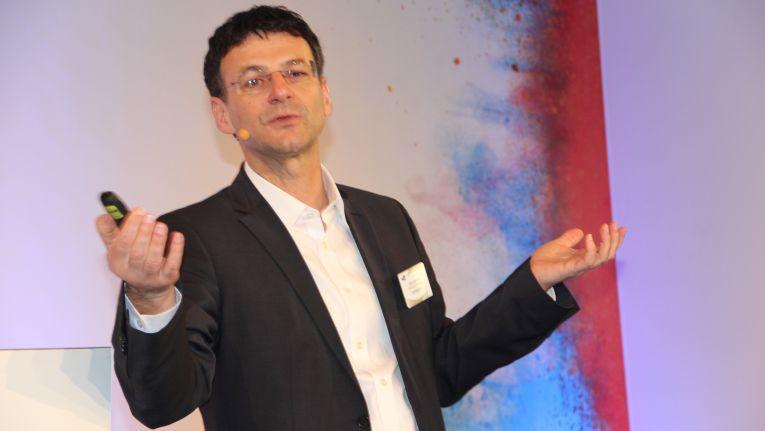 """Ulrich Seibold, Direktor Indirekter Vertrieb, SMB und Service Provider bei Hewlett Packard Enterprise (HPE): """"Wir werden 'Partner Ready' erweitern."""""""