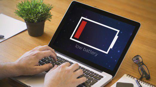 Auch wenn ein Akku letztendlich zum langsamen Tod verurteilt ist, können Sie sein Ende mit der richtigen Handhabung durchaus hinauszögern. Unsere Tipps helfen Ihnen dabei, Ihren Laptop-Akku zu schonen.