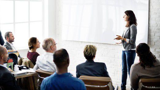 Wenn es mit der Präsentation der eigenen Vorzüge noch nicht so ganz klappt, kann ein Coach helfen.