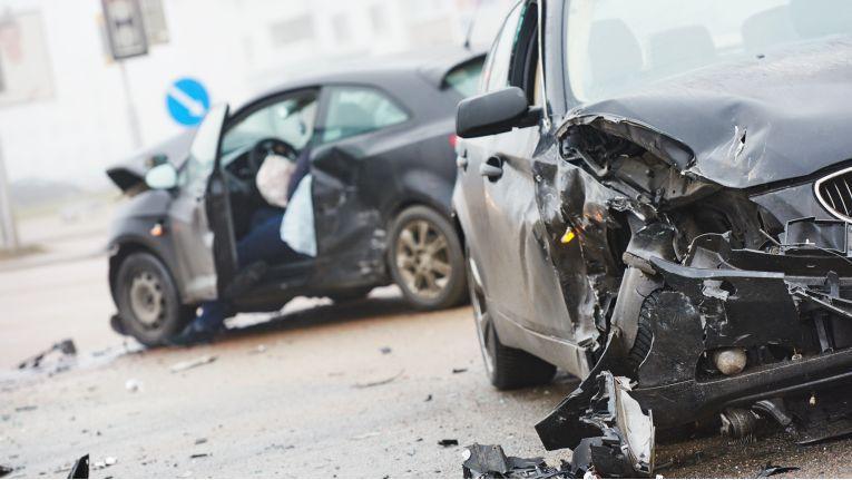 Unfall Crash Auto 16:9