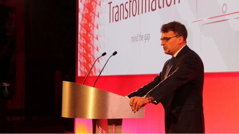 Mike Nelson, Vice President bei der Fujitsu-Scanner-Tochter PFU, beschwört auf der Information Capture Conference in London den ''hundertprozentigen Channel-Fokus'' seines Unternehmens.