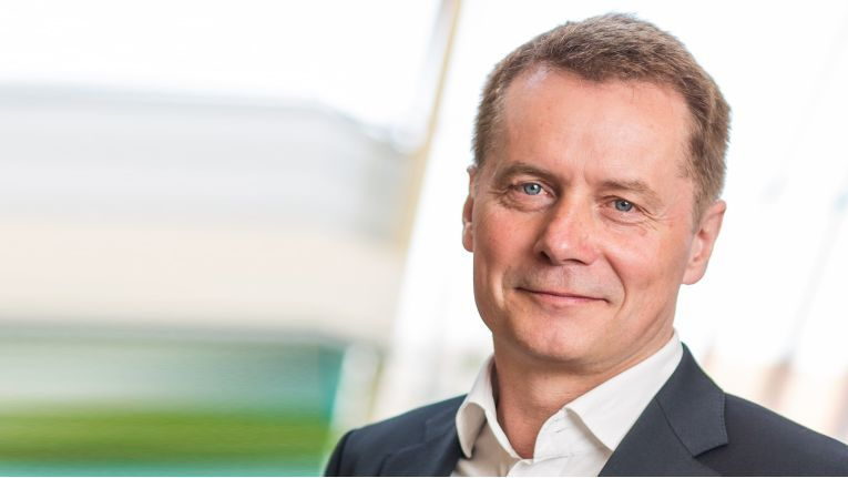 ''Im B2B-Bereich werden unserer Einschätzung nach weiterhin All-IP und Cloud Services die Treiber sein'', Jürgen Unger, President und COO bei Komsa Kommunikation Sachsen AG.