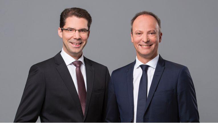 Freuen sich über ein erfolgreiches Geschäftsjahr: Die Büroring-Vorstände Ingo Dewitz und Jörg Schaefers