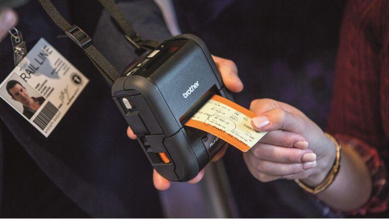 Mit dem mobilen Thermodirekt-Drucker RJ-2050 lassen sich vor Ort Quittungen und Belege erstellen.