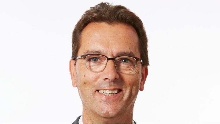 """Hans Szymanski, seit dem 1. Juli 2016 CEO von Nfon: """"Zu unserem zehnten Geburtstag können wir überaus erfreut und auch etwas stolz sein, was wir in nur zehn Jahren erreicht haben. Themen wie Digitalisierung und Transformation sind von VoIP deutlich geprägt und wir haben uns in Europa an die Spitze der Digitalisierung vorgearbeitet."""""""