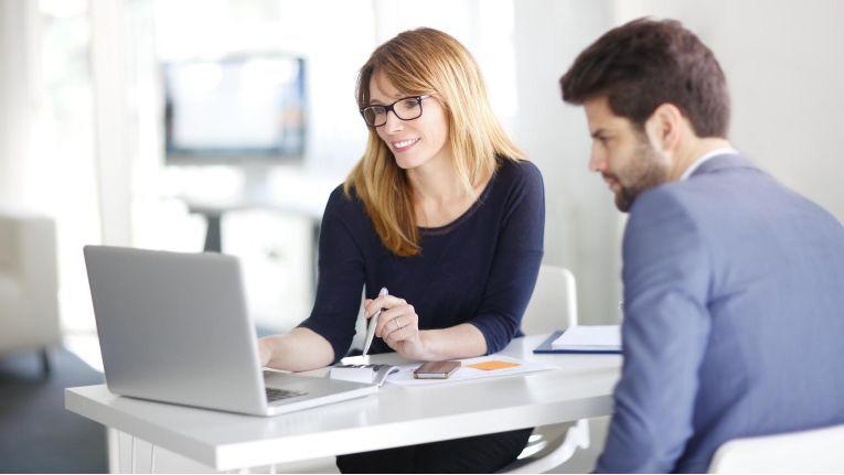 Der persönliche Kontakt ist ein entscheidender Faktor für eine langfristige Kundenbindung.