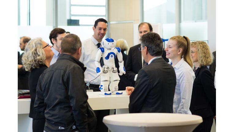 IBMs Watson-Technologie trat hier zum Live-Test mit den Besuchern an.