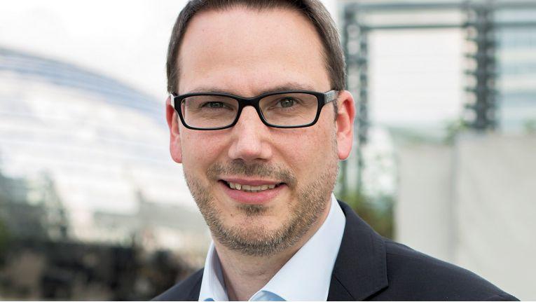 Tobias Erdmann, Geschäftsführer der Systemhaus Erdmann GmbH & Co.KG, vertritt die IHK-Interessen der Region Bergisches Land im ITK-Ausschuss des DIHK.