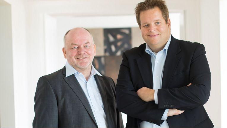 Wollen ihr Unternehmen als attraktiven Arbeitgeber in der Region positionieren: Harald Kiy (links) und Christoph Hundenborn, die Geschäftsführer der Sector27 GmbH.