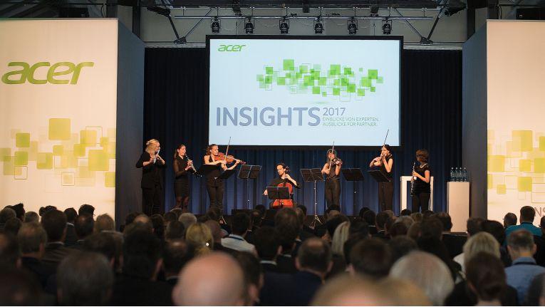 Musikalischer Auftakt der Acer-Partnerkonferenz Insights 2017: Das Canea Quartett, ergänzt um Musiker des Trio Boisé spielt Edvard Griegs ''Morgenstimmung''.