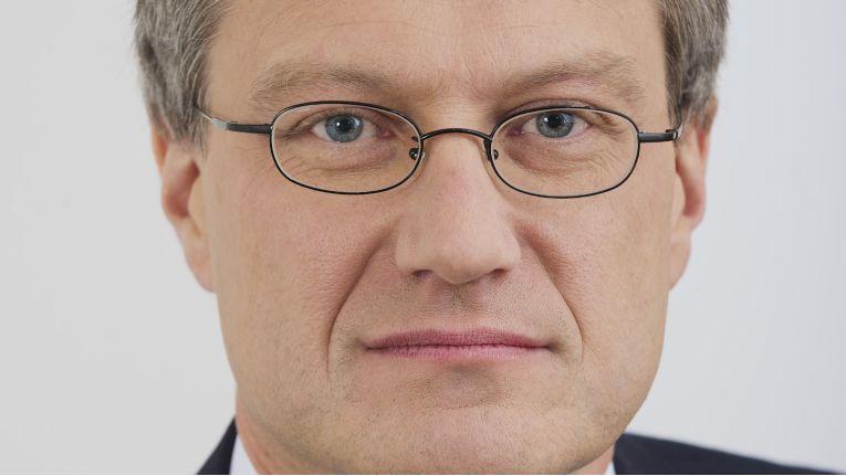 """""""Die Auswirkungen sind enorm, die Herausforderungen ebenso."""" Ralf Nemeyer, Principal Consultant Secure Information bei Computacenter"""