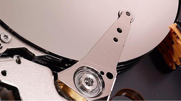 Neue Technologien sollen die Kapazität künftiger Festplatten erhöhen.
