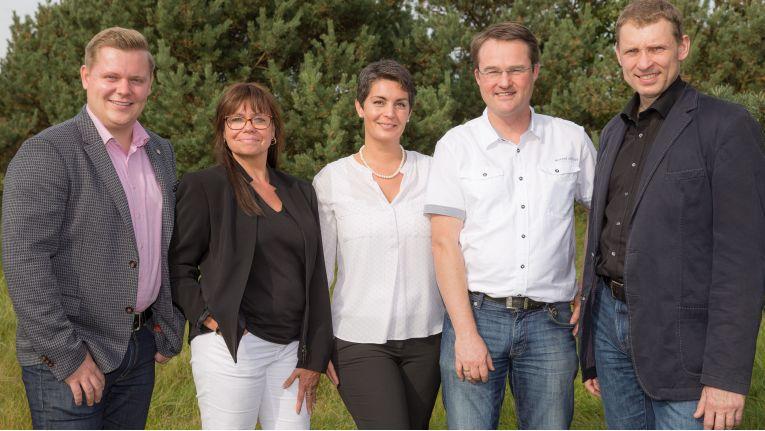 Die neuen Interessenvertreter der comTeam Systemhäuser (v.l.n.r.): Sascha Neininger (Neininger GmbH, Donaueschingen), Verena Müller-Thiel (C & P Capeletti & Perl GmbH, Hamburg), Laalak Nassiri (LN-IT GmbH, Ahrensburg), Burkhard Fels (Siecom IT-Systemhaus GmbH, Dresden) und Matthias Kunert (cubeoffice GmbH & Co. KG, Magdeburg).