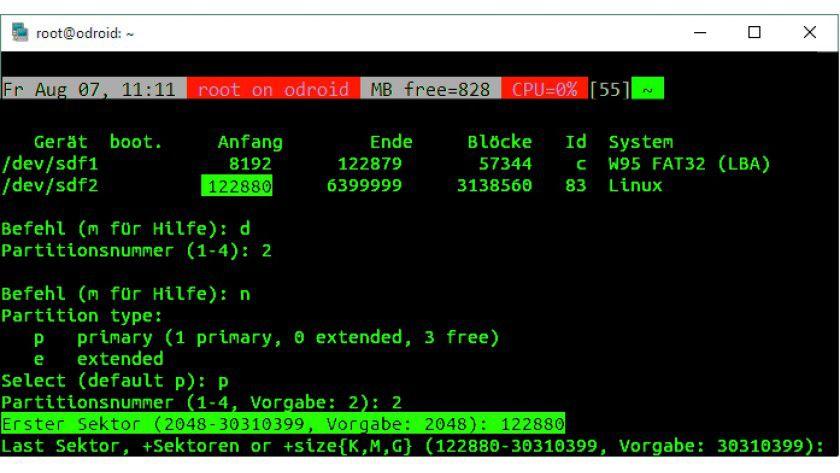 Auf der Kommandozeile, also auch per SSH, können Sie die Systempartition direkt im laufenden Betrieb erweitern.