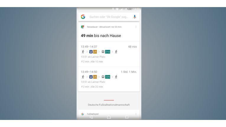 Sind Sie mit öffentlichen Verkehrsmitteln unterwegs, informiert Sie Google Now über die nächste Verbindung nach Hause.