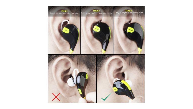 """Den Aukey Sport Bluetooth Kopfhörer befestigen Sie für einen besseren Halt beim Sport zusätzlich mit dem """"Ohrenhaken"""" (ear hock)."""