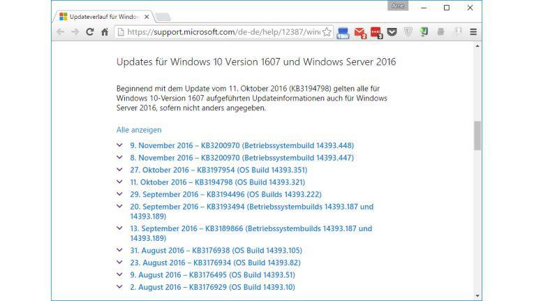 Auf dieser Website sehen Sie die aktuellen Updates für Windows 10 inklusive der Build-Nummer. Diese Nummer vergleichen Sie mit der Angabe in den Windows-Einstellungen.