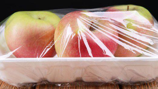 Unnötig verpackte Äpfel: Die beste Verpackung hat Mutter Natur dem Apfel bereits mit seiner Schale mitgegeben.