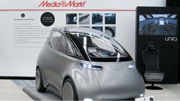 In Schweden gibt es bei Media Markt auch das Elektroauto Uniti