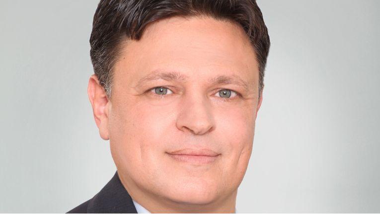 """""""Wir freuen uns auf die Zusammenarbeit mit Salesforce."""" Yuval Lavi, VP of Technology & Innovation bei Magic Software Enterprises"""