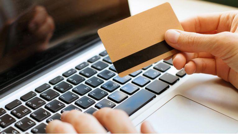 Beim Einkauf im Internet lauern ständig Gefahren.